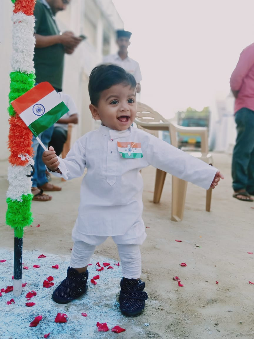 Majlis Khuddamul Ahmadiyya India Serves Fellow Citizens to Celebrate 71st Republic Day