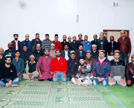 Sadr Sahib Majlis Khuddamul Ahmadiyya Bharat with Majlis-e-Amila New Delhi.
