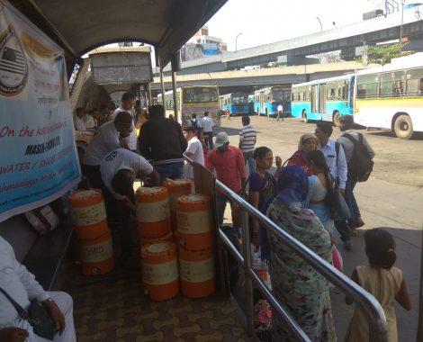 Free water & Sharbat distributed by Majlis Khuddamul Ahmadiyya Pune on blessed occasion of Masih-e-Maud Day.