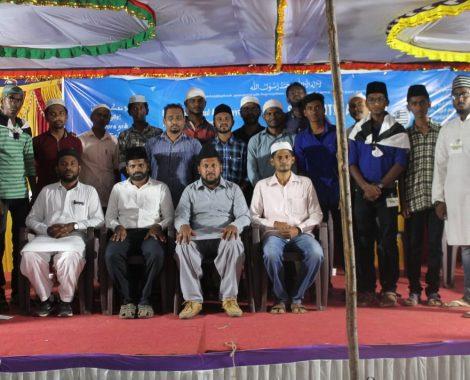 Jb. Tariq Ahmad Sahib, Sadr Majlis Khuddamul Ahmadiyya Bharat at MKA Annual State Ijtema Tamil Nadu with Majlis-e-Amla Members